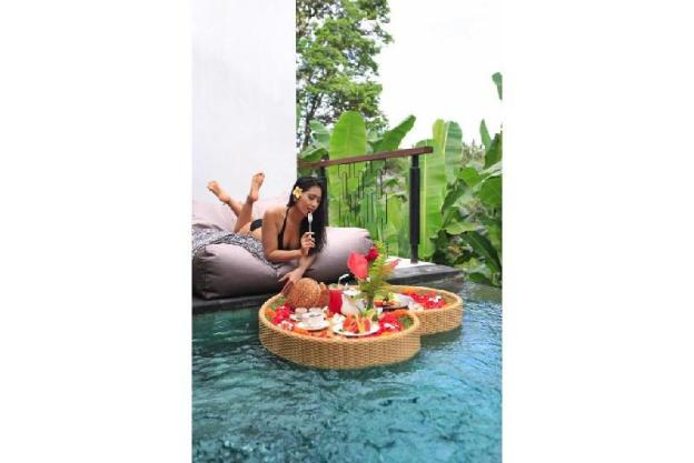 Amora Royal Pool Villa - Breakfast