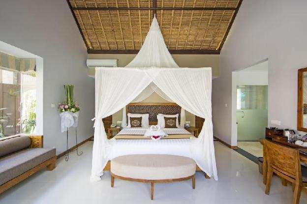One Bedroom villa with private pool and breakfast