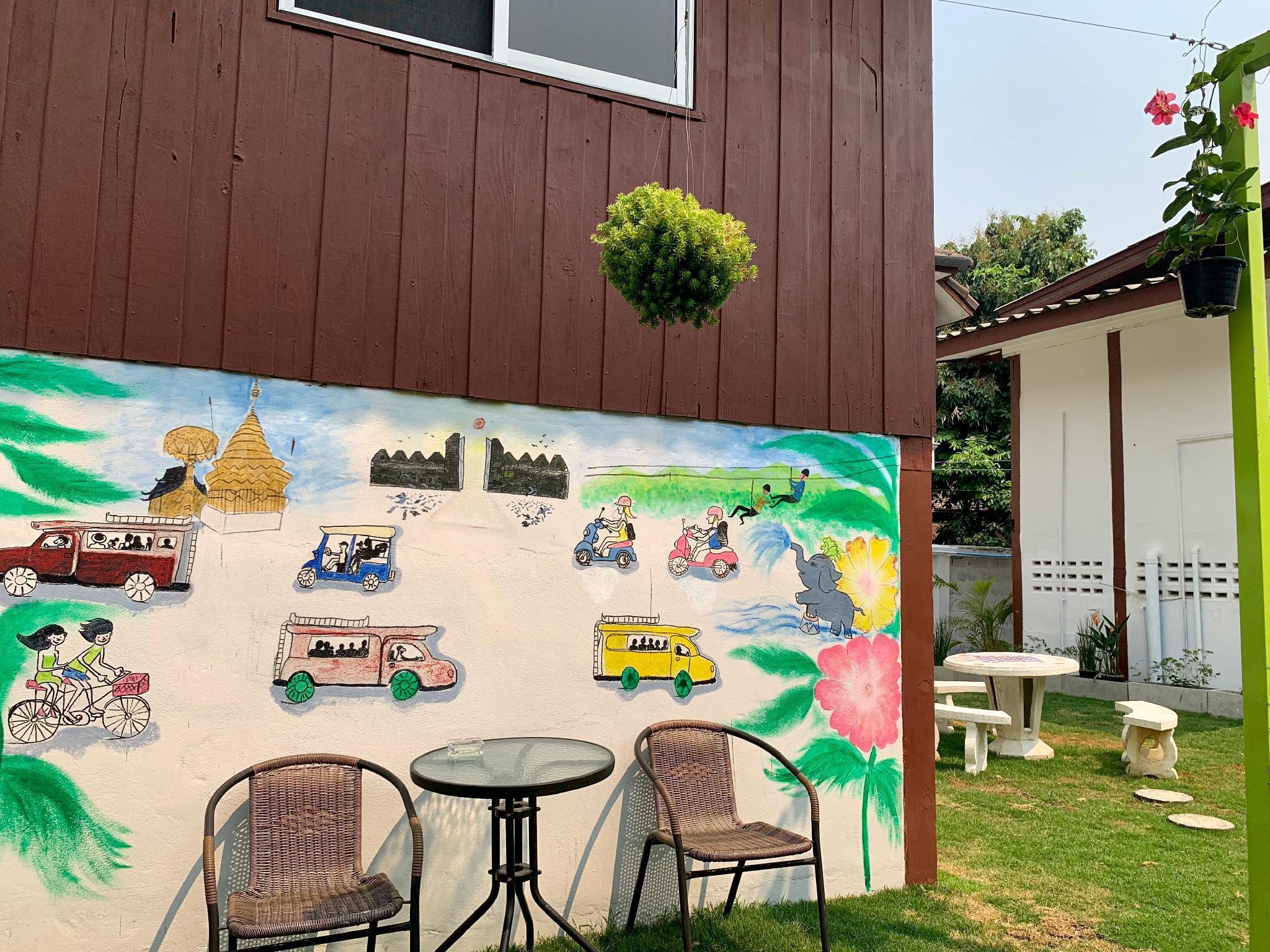 wooden hostel อพาร์ตเมนต์ 2 ห้องนอน 2 ห้องน้ำส่วนตัว ขนาด 15 ตร.ม. – วัวลาย