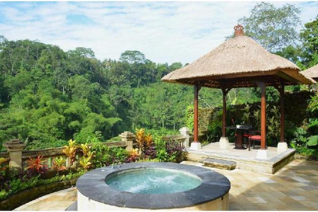 1BR Villa with Private Jacuzzi and Outdoor Gazebo