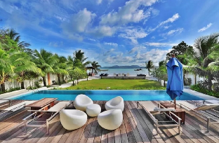 Luxurious Phuket Beachfront Penthouse