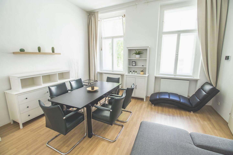 Lovely Apartment near Belvedere  Centre
