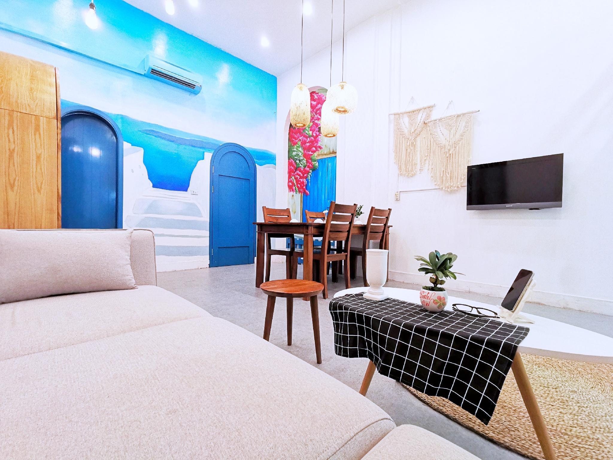Chez Max's Santorini Duplex