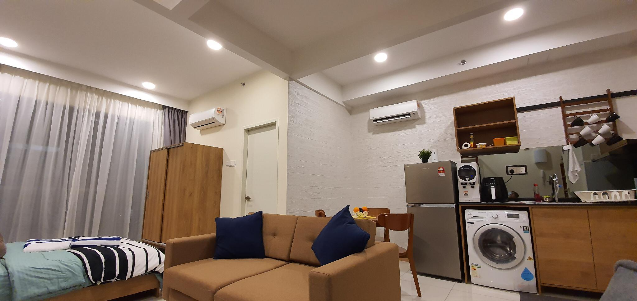 Aisya Studio Suite Seafront Residence, Timur Bay