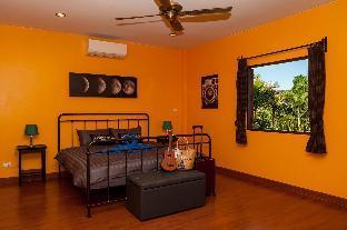 [チャロン]ヴィラ(1600m2)| 4ベッドルーム/3バスルーム Baan Sanuk Pool Villa at Chalong Bay Phuket