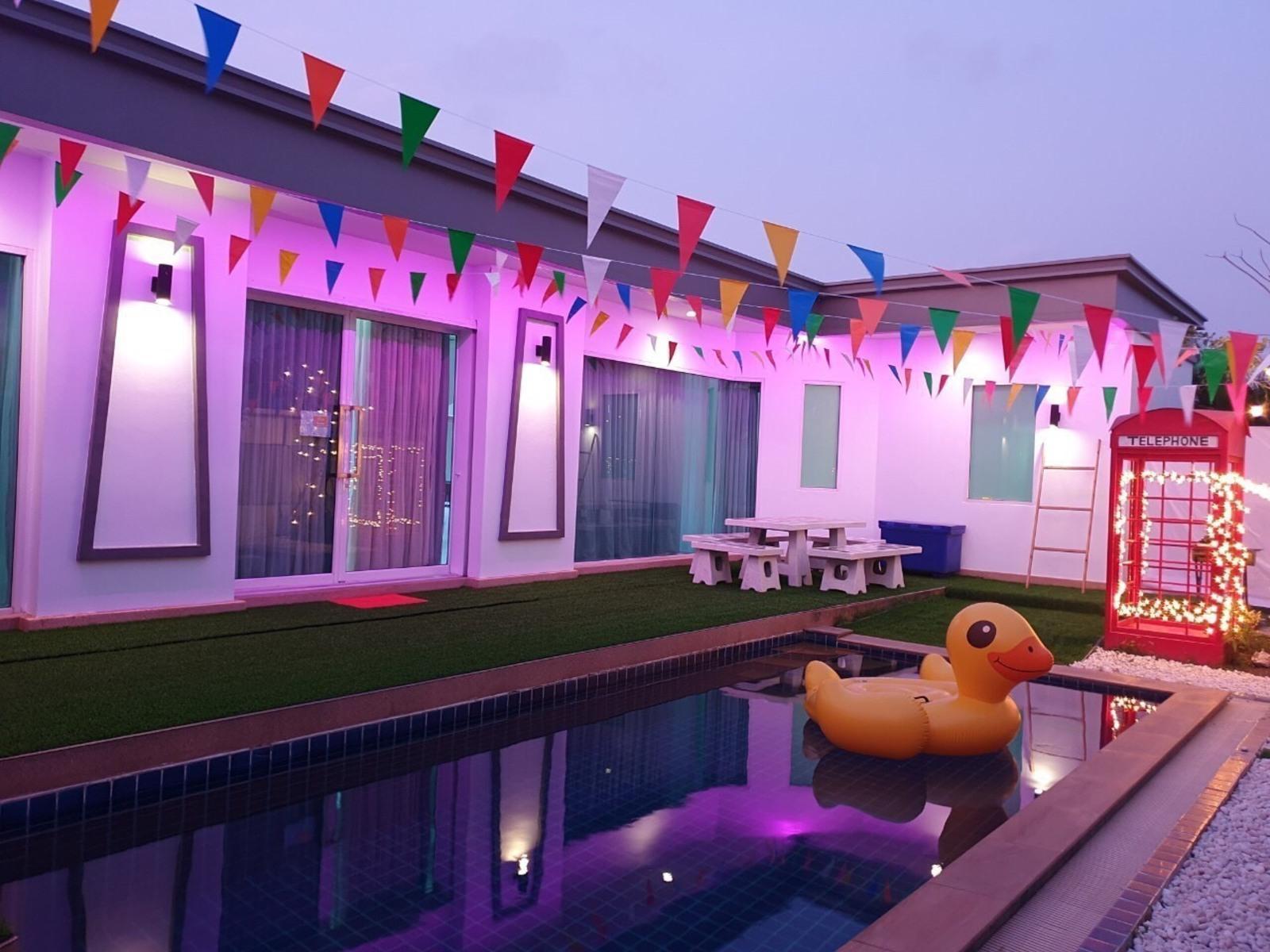Party 016 Pool Villa