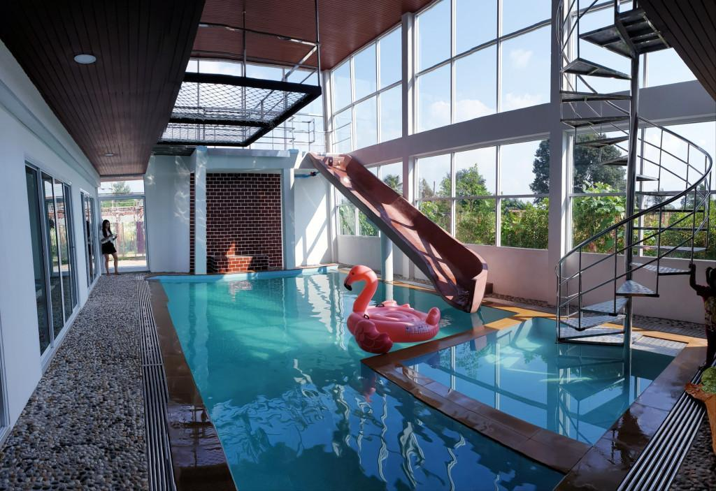 Party 019 Pool Villa