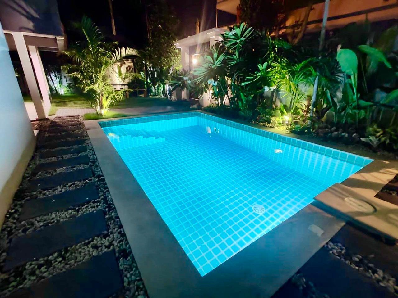 nice 4bedroom pool villa hoilday near the beach