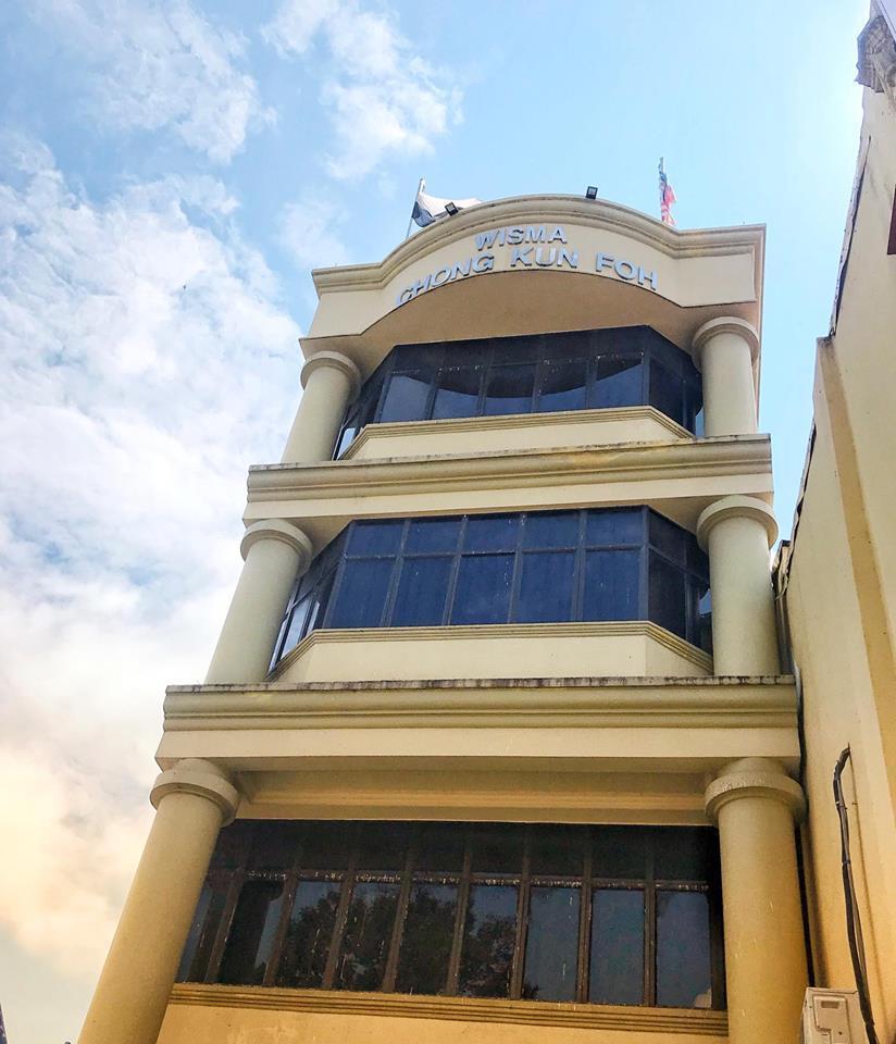Hotel Sri Raub位置超棒,就在于市中心酒店配有免费停车位