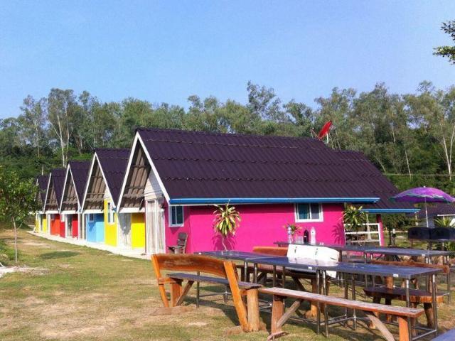 สตูดิโอ บังกะโล 1 ห้องน้ำส่วนตัว ขนาด 48 ตร.ม. – แก่งกระจาน – Banraiprayrung Kang Krachan