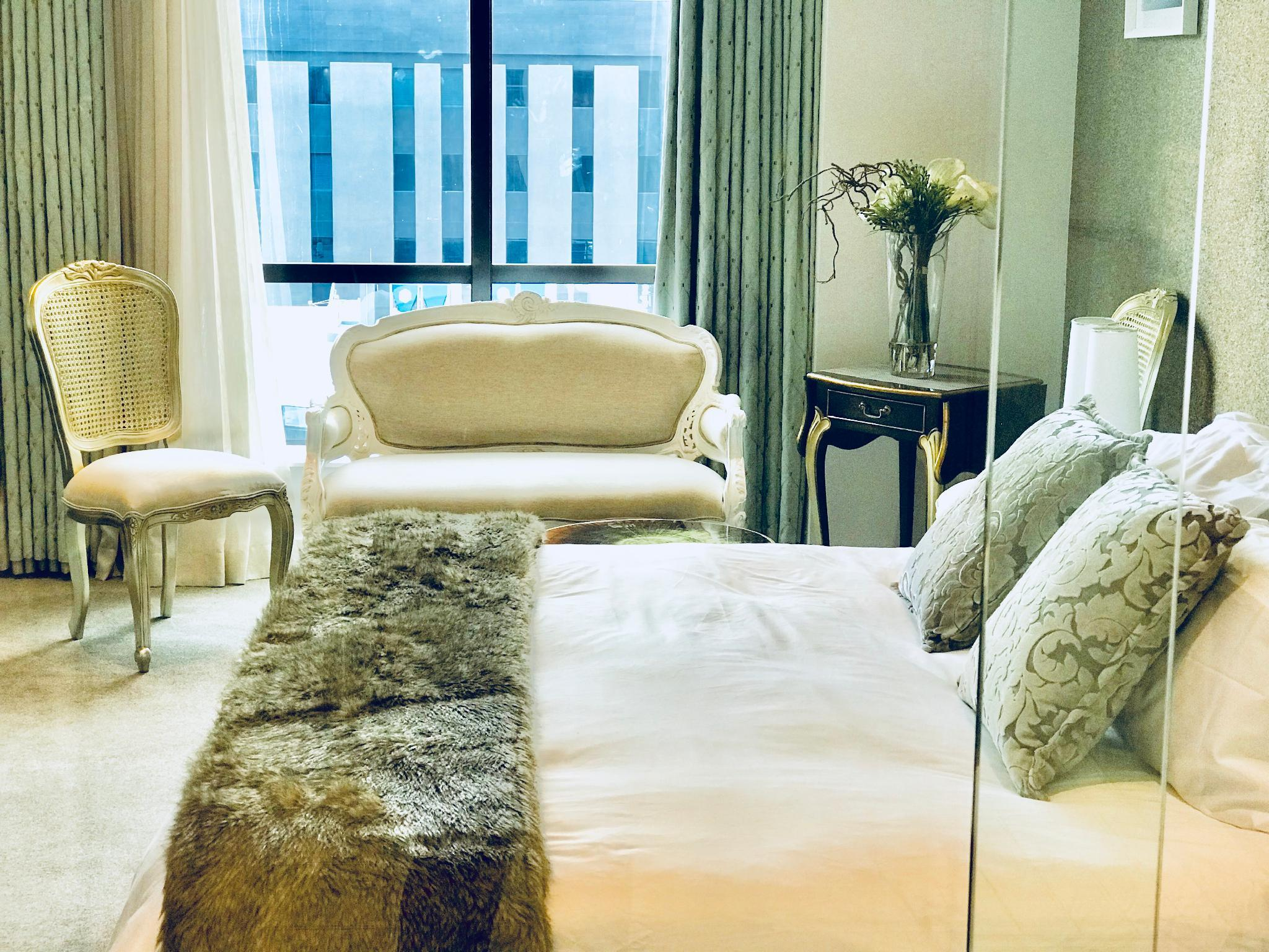 Sandton Skye Luxury Apartment 911