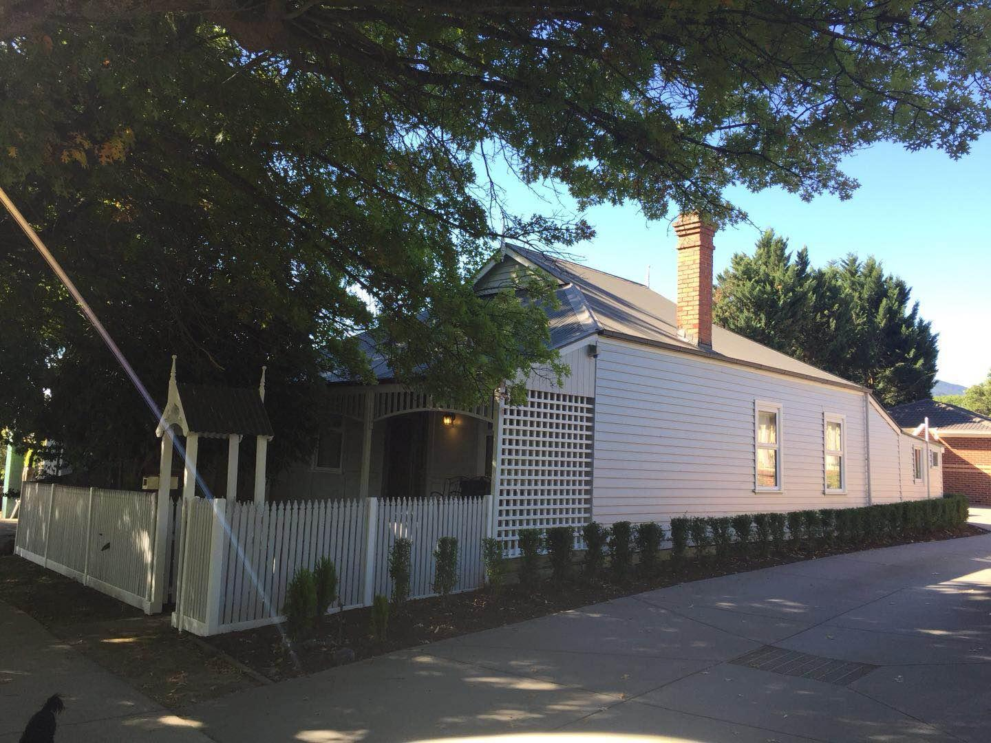 Lucy's Cottage