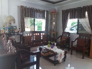 picture 2 of Villa Feliza Budget room