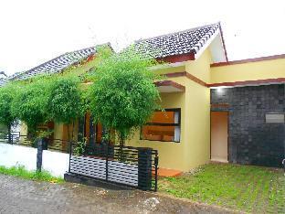 Villa 2 kamar No. 5 dekat Museum Angkut  Malang