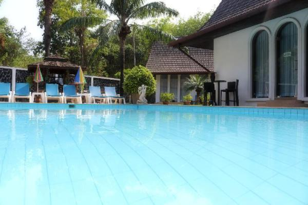 Chalong Palm Residence - Luxury with  maid & chef! Phuket