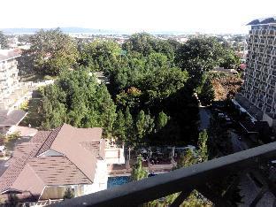 picture 5 of Cozy 2BR D + Pool-Near Ayala Abreeza & SM Lanang