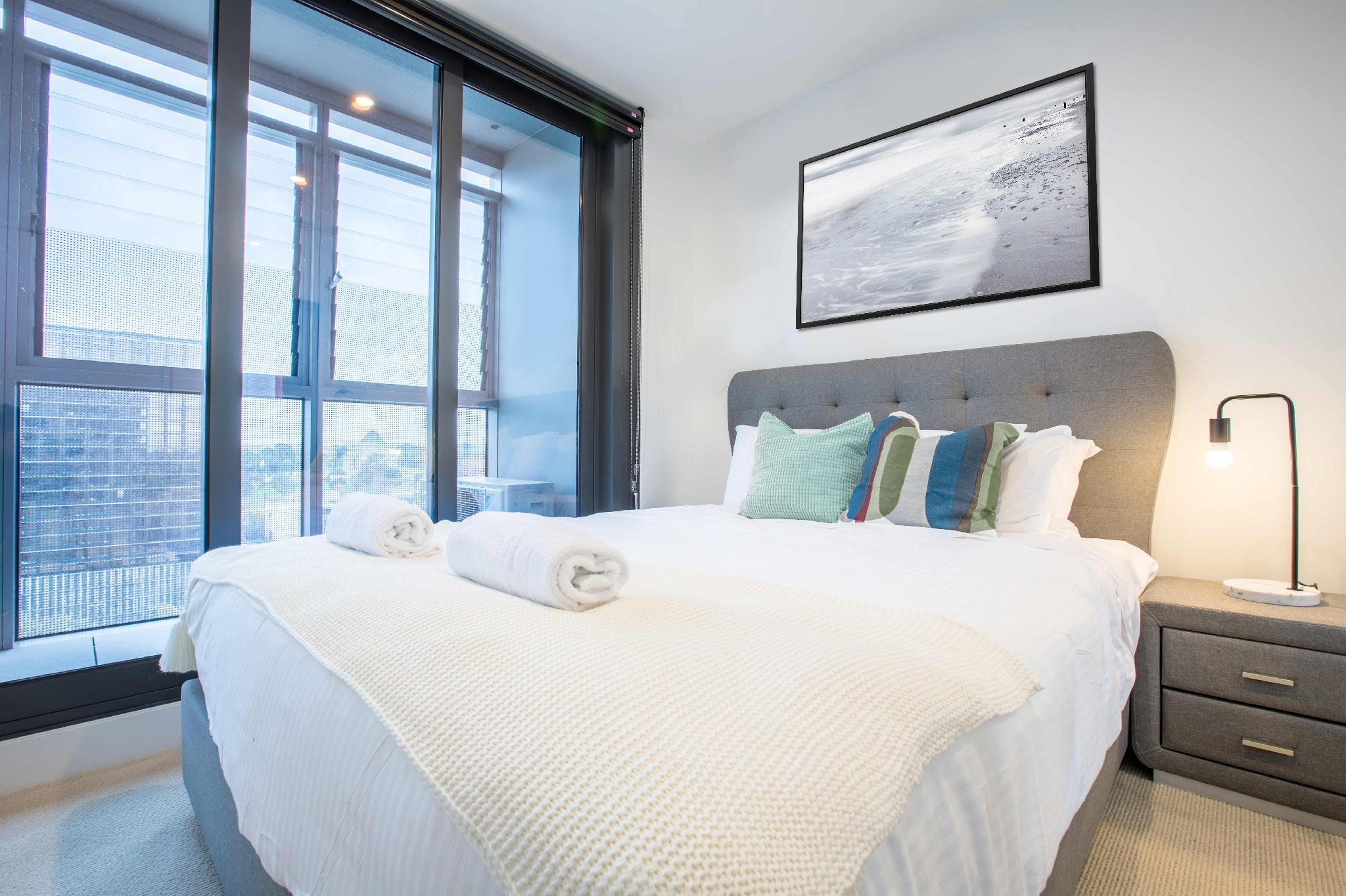 Southbank Hotel Apartment  1412