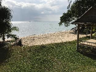 Romantic beachfront  House, perfect for couples. Romantic beachfront  House, perfect for couples.