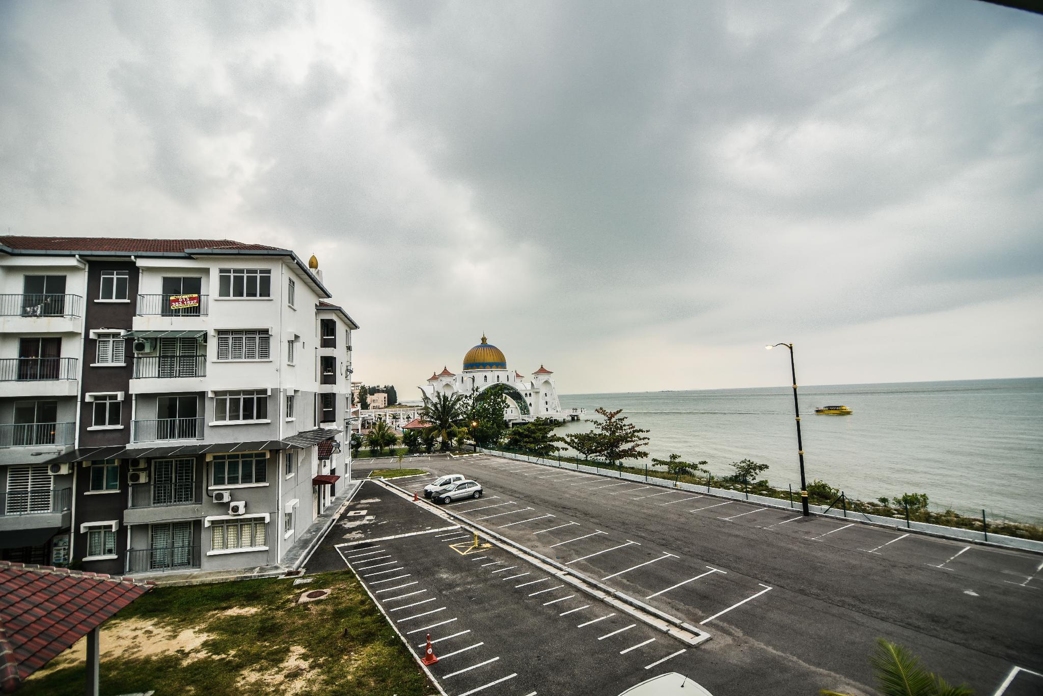 DaHong Island