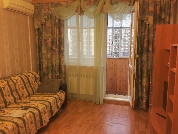2 rooms apartment near metro Yugo-zapadnaya Moscow