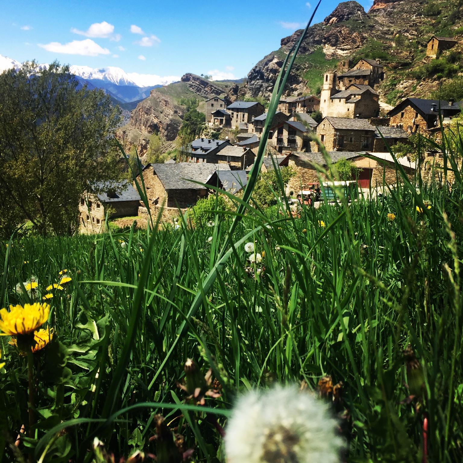 Romantic Apartment In Pyrenees
