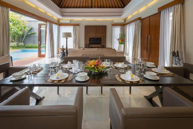 Entrada Seminyak Villas by Nagisa Bali