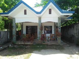 picture 1 of Stevrena Vacation House