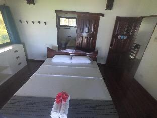 picture 2 of Ocean Front Luxury Villa For Family/Group