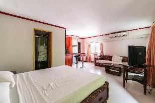 picture 2 of Comfortable and Convenient Studio With Pool Access