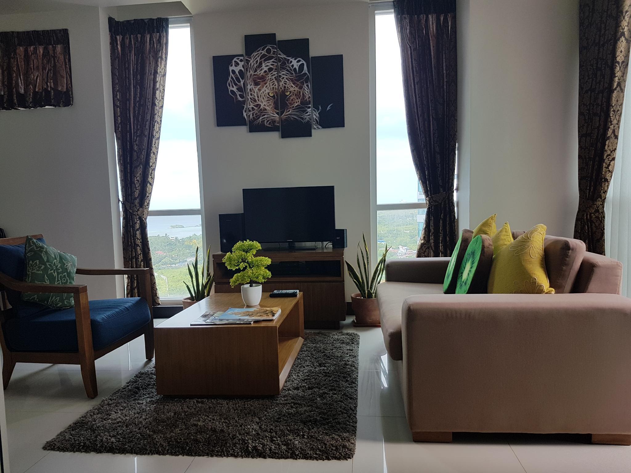 Mactan Newtown Ocean View For Romantic Getaway