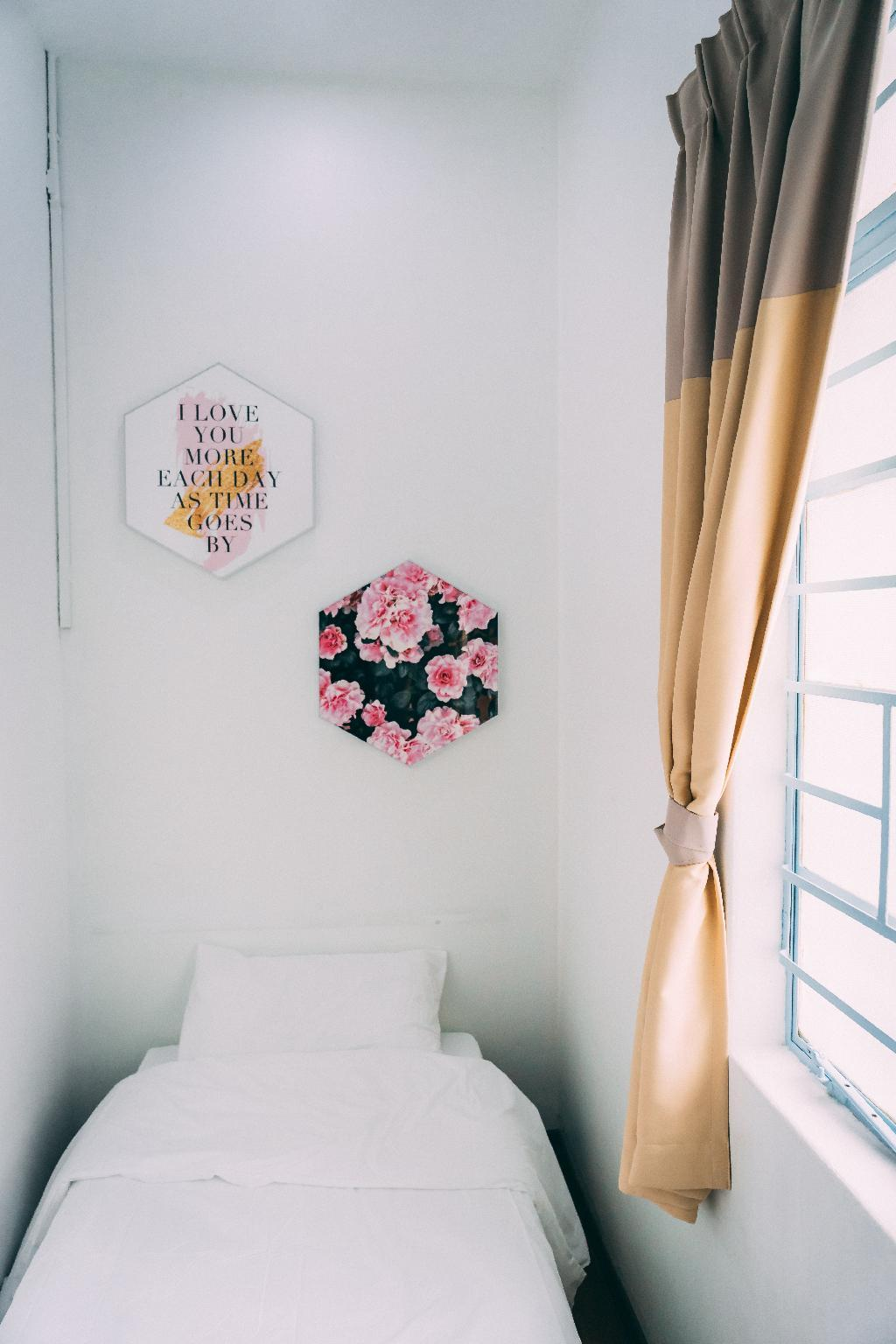 3 Single Bed@Sharebath Near Gurney Pulau Tikus