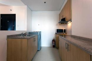 picture 5 of East Bay Residences 2-BR Condo with FREE Parking