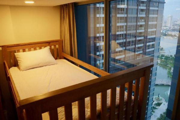 Female Dorm Bed in 4-beds Vinhomes FREE Gym Pool Ho Chi Minh City