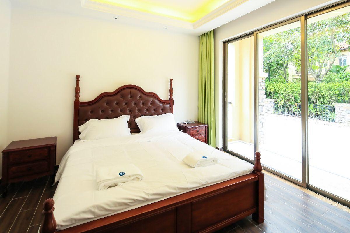 Review Huizhou Fuli Bay Deluxe private pool  villa