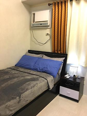 1-BR CONDO FOR RENT AT FIELD RESIDENCES (ROOM #3) Manila