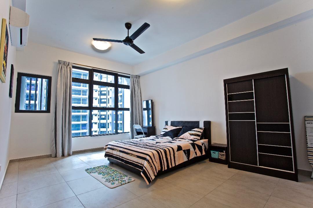 Melaka Family Suite HighFloor PoolView JonkerWalk