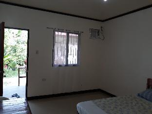 picture 5 of Gardenview room 2