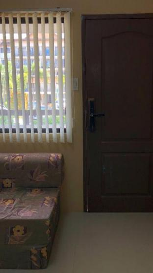 picture 3 of 2 Bedroom  Unit with Private Parking(Cebu City)