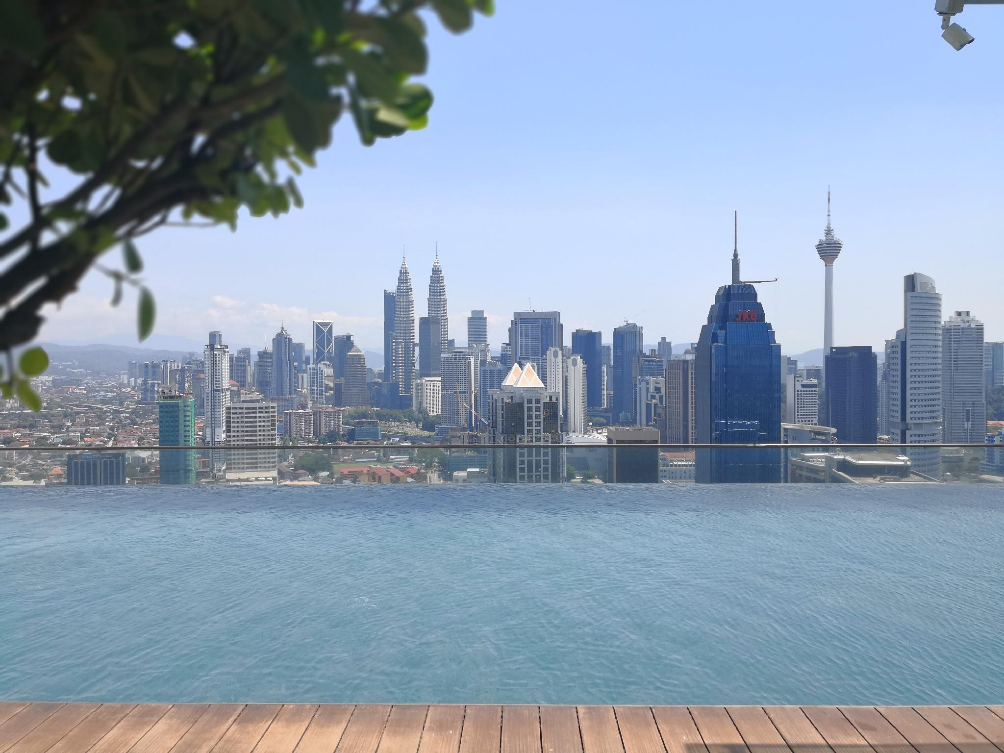 Relax And Unwind At Best KL Infinity Pool