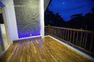 picture 2 of Modern House Camp John Hay Baguio City Philippines