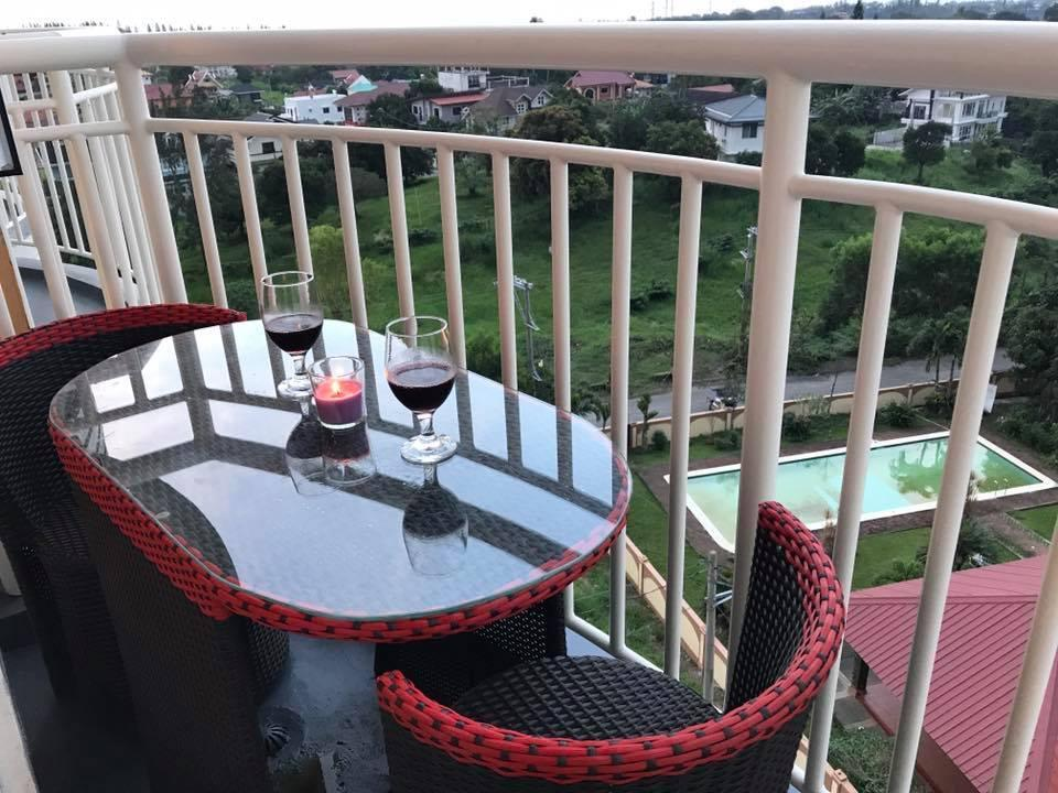 NEW Stunning Tagaytay Condo 1BR Balcony Taal Lake