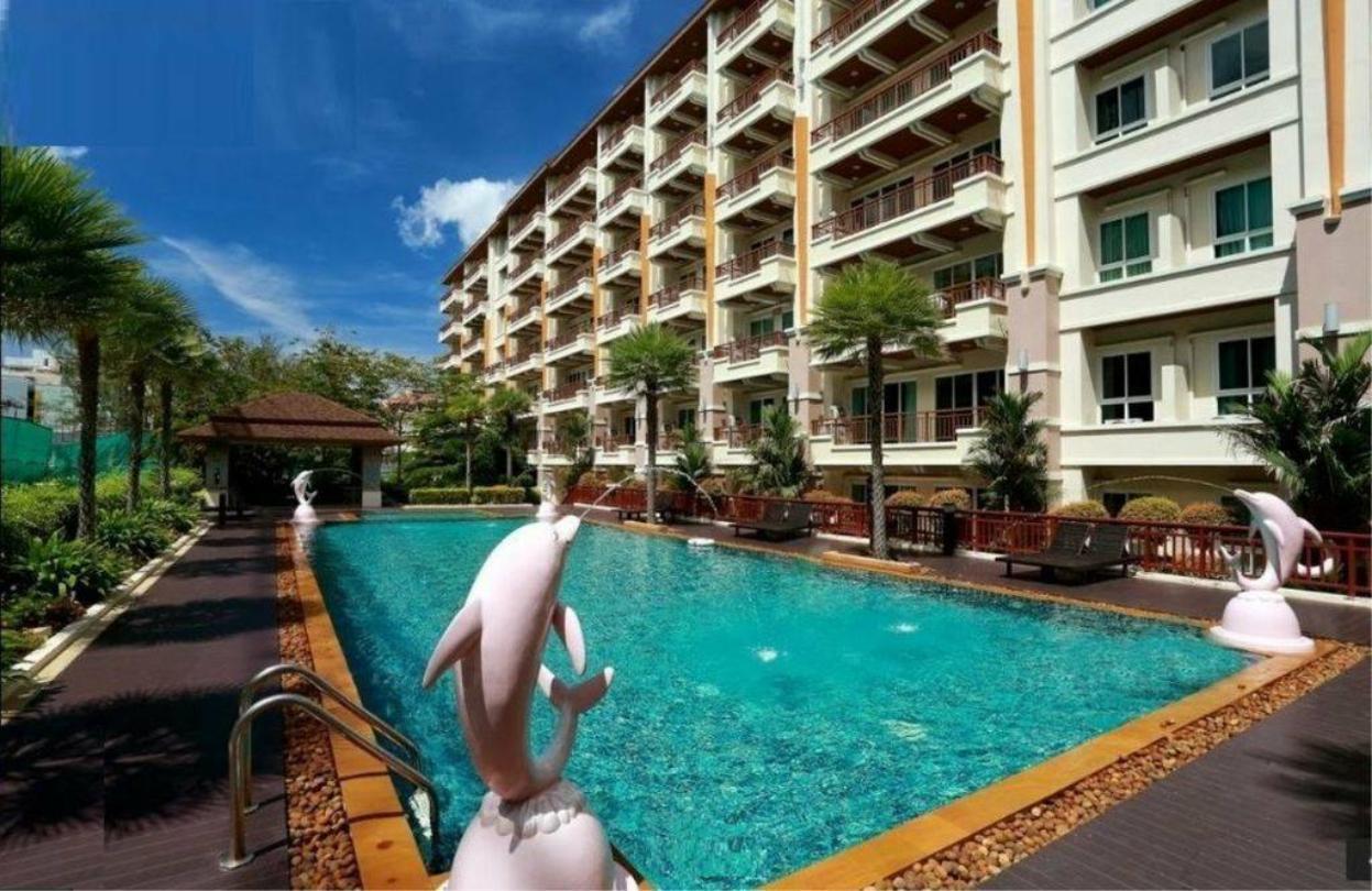 Phuket Villa Patong Beach 2 by PHR