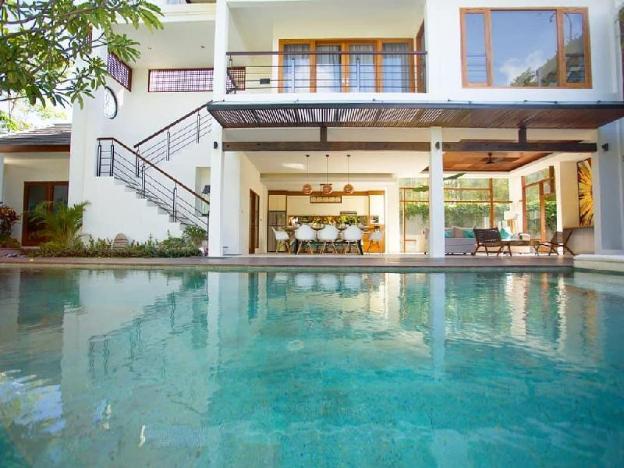 Big 3 Bedrooms Villa Modern Tropical Bali