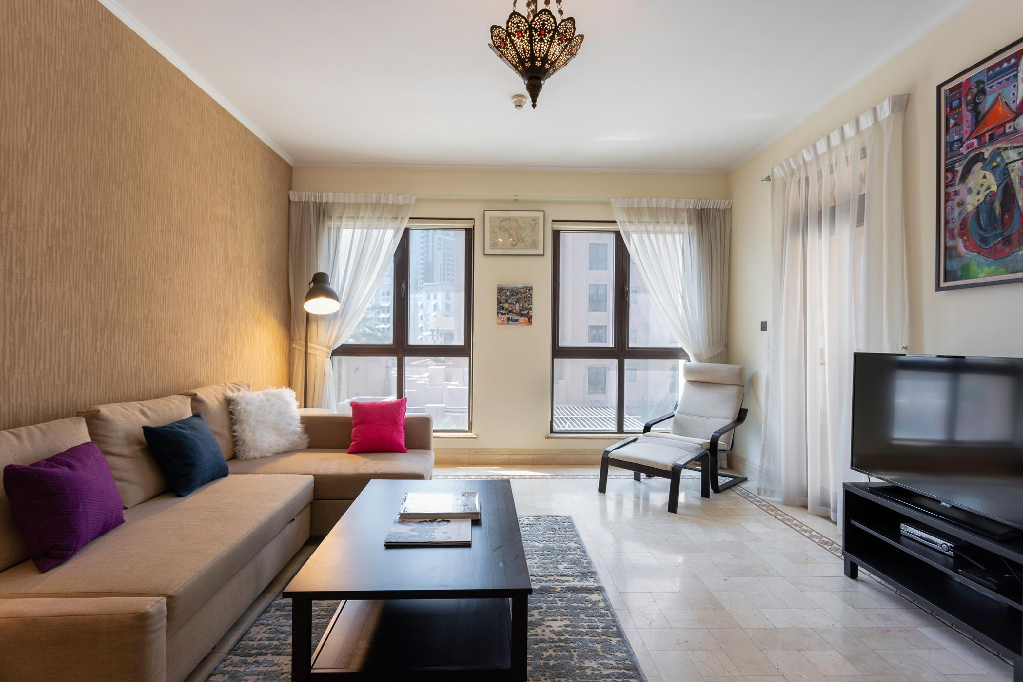 One Perfect Stay   1BR At Miska