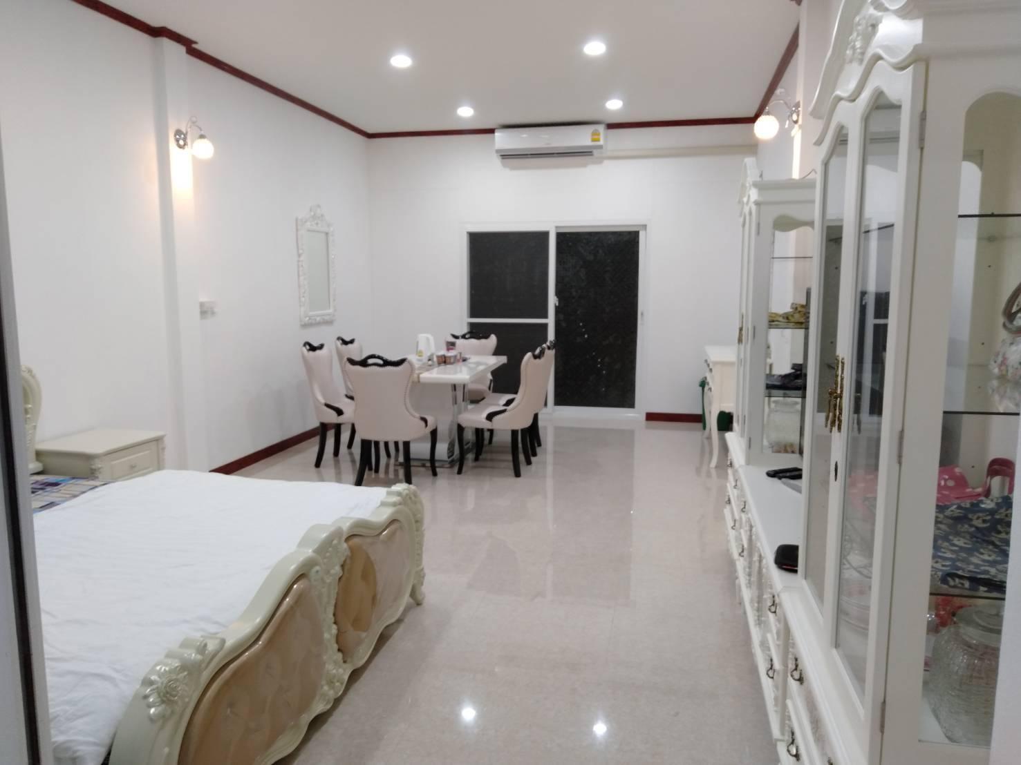 Lin House 2