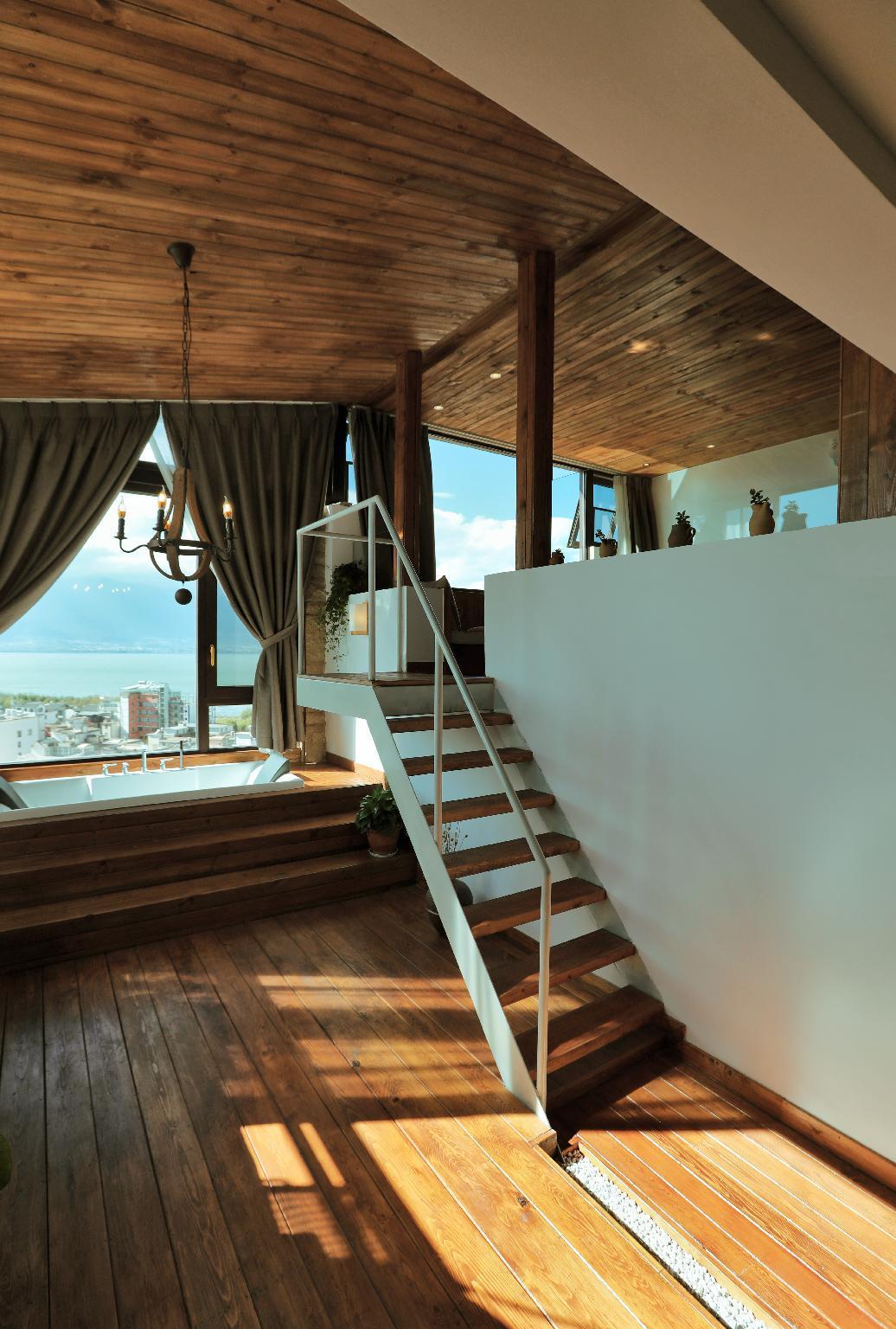 Price Songguoli-401- duplex ocean view suite