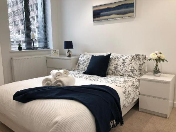 Cosy one bedroom apartment by Creatick Reading