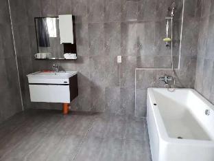 picture 1 of scandi apartment unit1