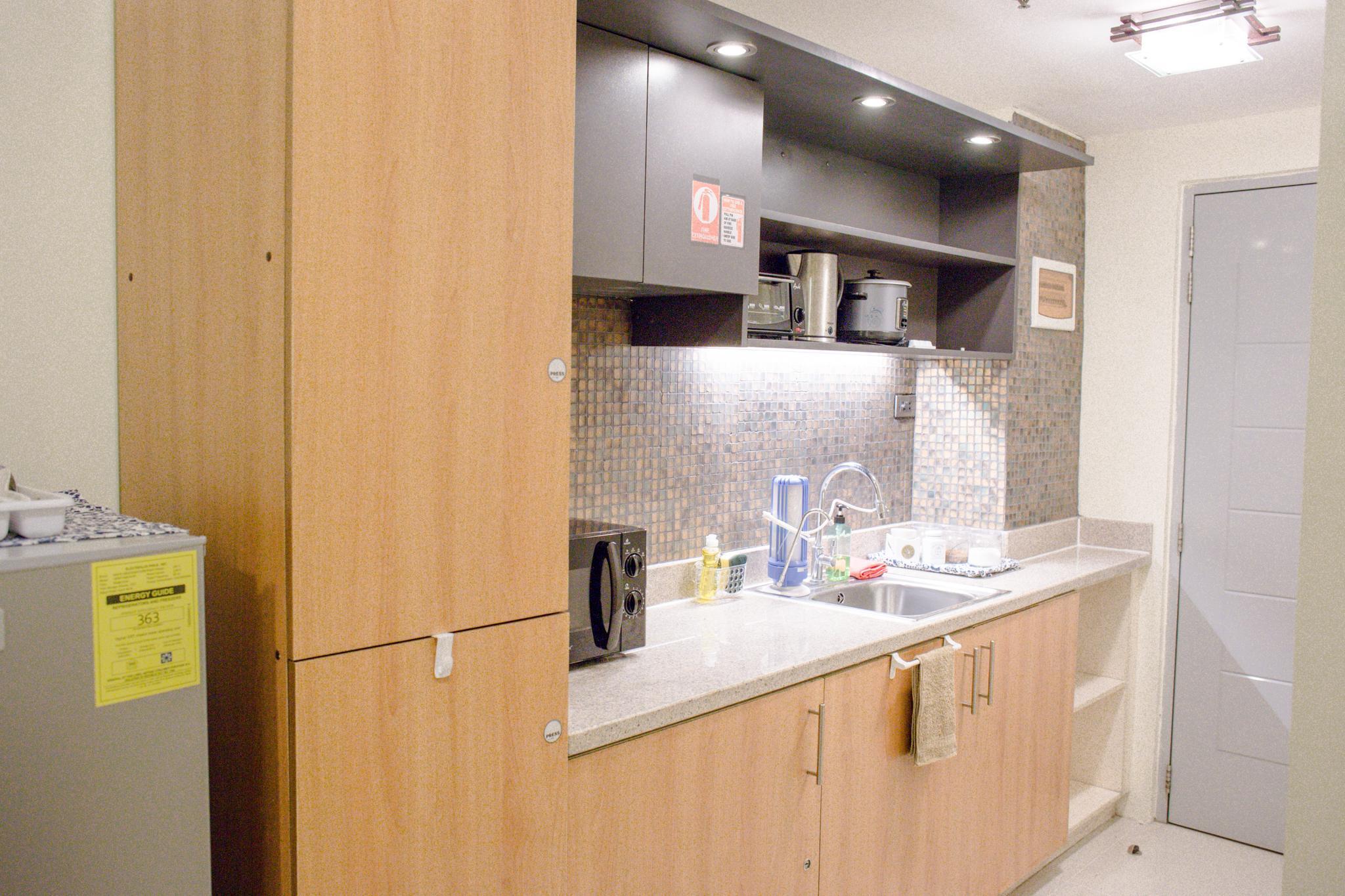 24F Studio Condo Grass Residences SM North EDSA