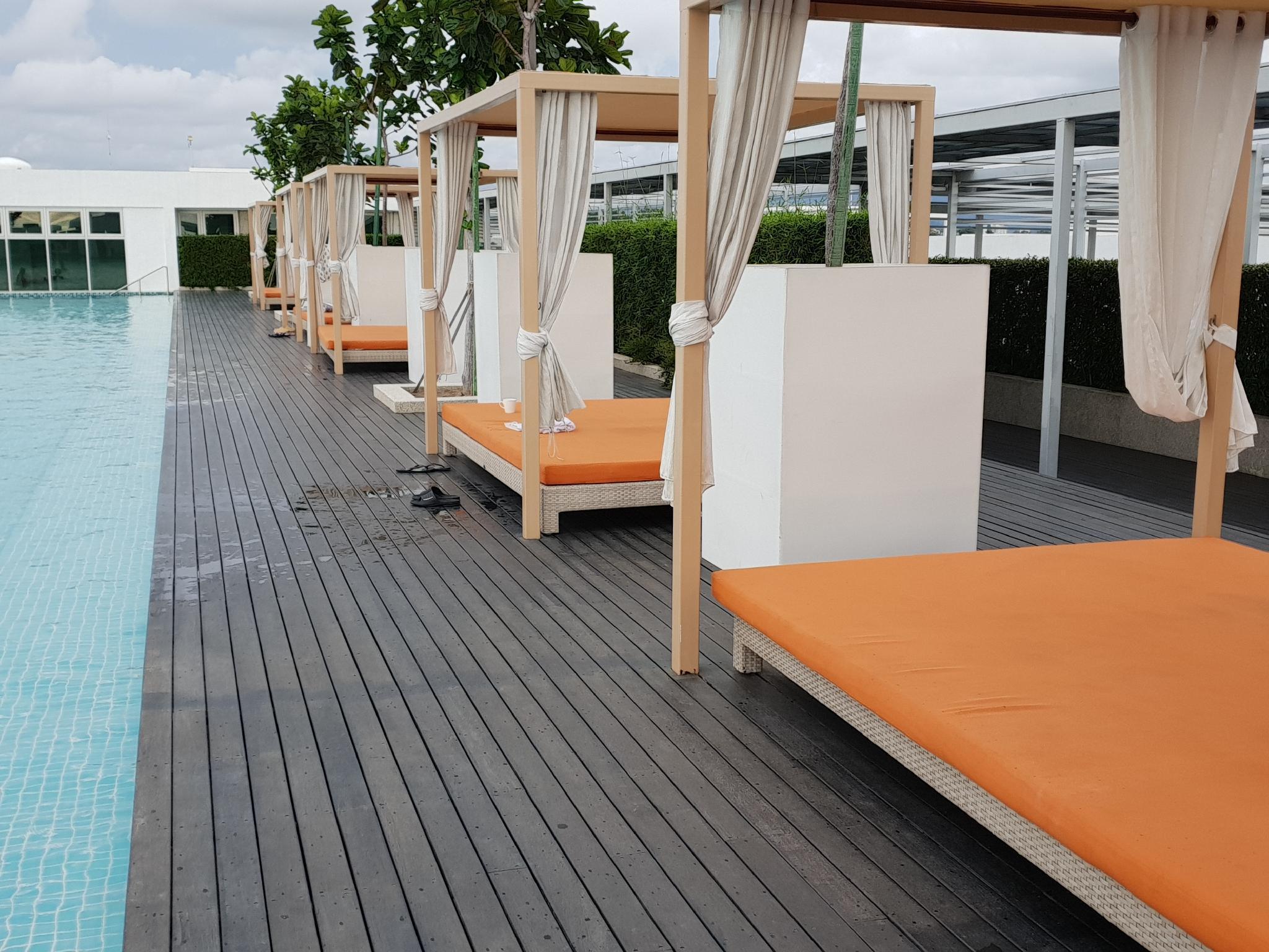 Infinity Pool Stylish Suite @ Breeze Home